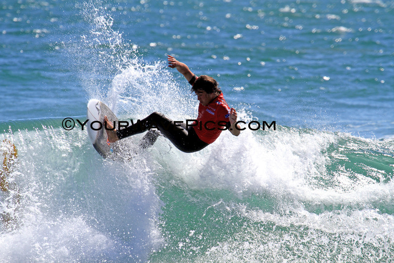 Day 1 - Junior Men's Round 2 - Andrew Doheny wins Heat 7 and moves to Round 3