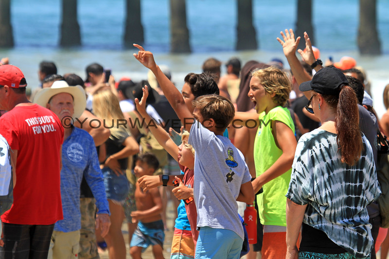 2017-08-06_US Open_Surf Fans.JPG