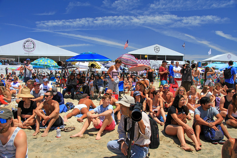 2019-08-04_US Open_3_Finals Day Crowds.JPG<br /> <br /> Finals Day, US Open of Surfing 2019