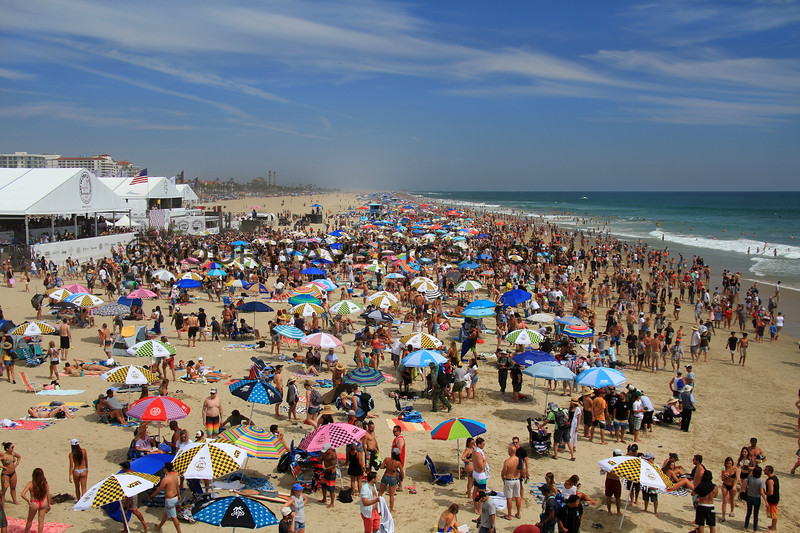 2019-08-04_US Open_14_Finals Day Crowds.JPG<br /> <br /> Finals Day, US Open of Surfing 2019