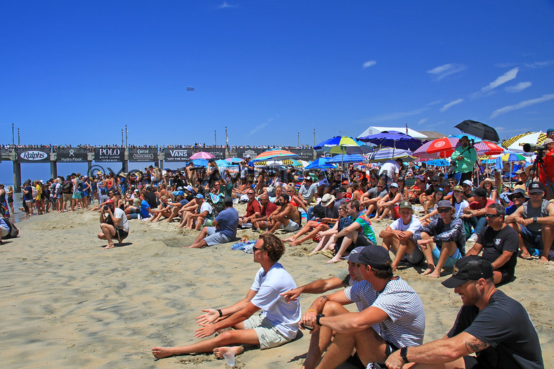 2019-08-04_US Open_1_Finals Day Crowds.JPG<br /> <br /> Finals Day, US Open of Surfing 2019