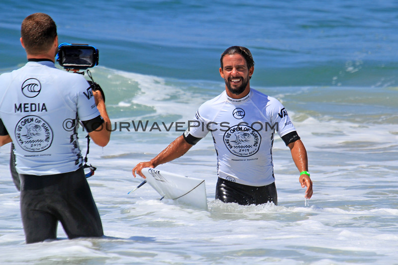2019-08-02_US Open_Tomas_Hermes_30.JPG<br /> Mens Round 4<br /> US Open of Surfing 2019