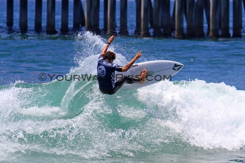2019-08-02_US Open_Yago_Dora_7.JPG<br /> Mens Round 5<br /> US Open of Surfing 2019