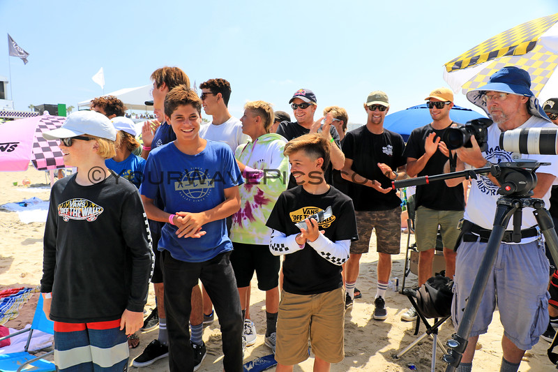 2019-08-02_US Open_Griffin_Colapinto_Fans_2.JPG<br /> Mens Round 5 - Kade Matson, Jett Schilling, Kolohe Andino and other rippers from San Clemente came out to support their buddy, Griffin Colapinto<br /> US Open of Surfing 2019