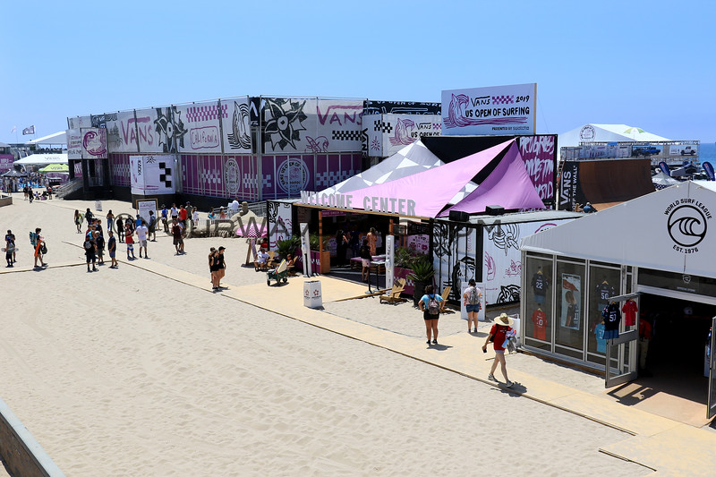 2019-08-01_US Open_1.JPG<br /> <br /> US Open of Surfing 2019 - enjoy the light crowds during the week - it will be crazy on the finals weekend!