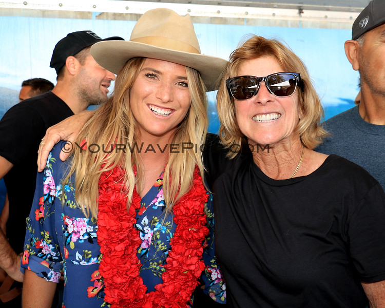 2019-08-01_Walk of Fame_71_Courtney Conlogue_Janice Aragon.JPG<br /> 2019 Surfing Walk of Fame Induction