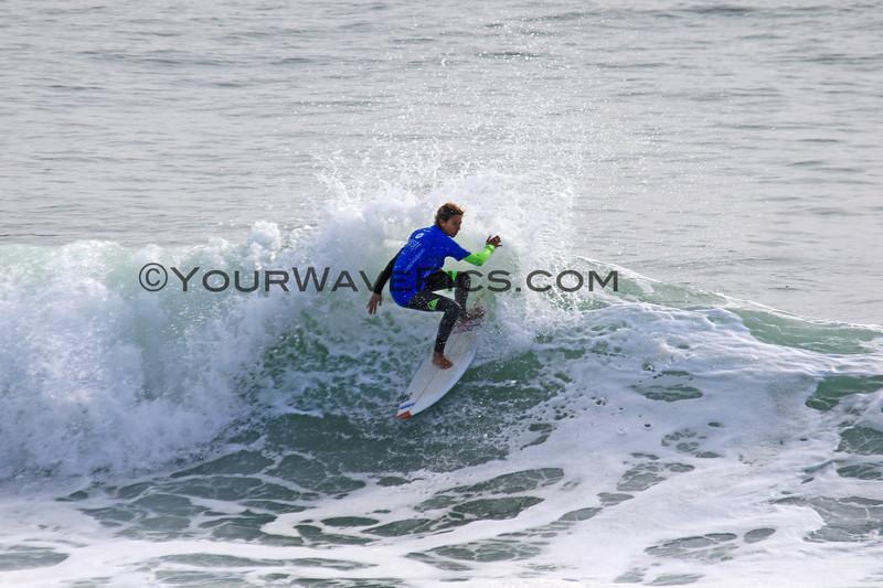 2018-10-29_Vissla ISA World Juniors_Girls U16_Lilias_Tebaii_3.JPG<br /> Vissla ISA World Junior Surfing Championship 2018<br /> Girls U16 Round 2