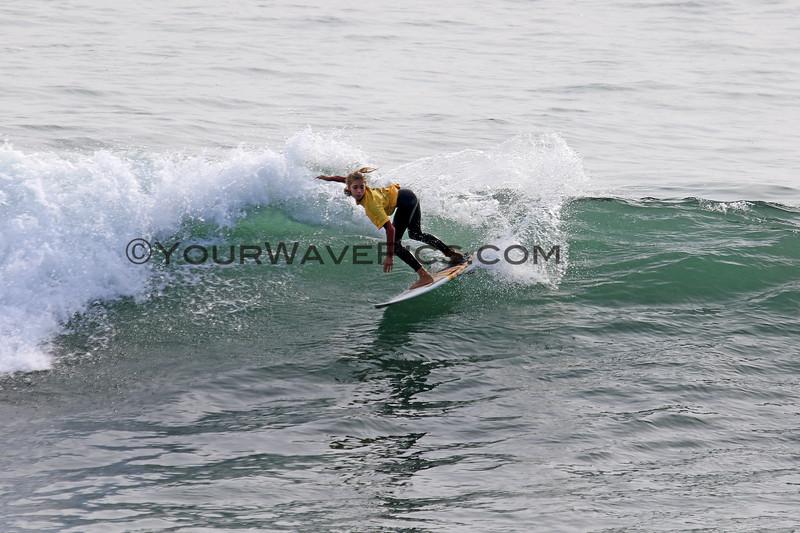 2018-10-29_Vissla ISA World Juniors_Girls U16_Aelan_Vaast_10.JPG<br /> Vissla ISA World Junior Surfing Championship 2018<br /> Girls U16 Round 2