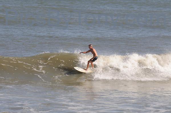 Folks Surfing at Pier in Flagler Beach, FL on 12/10/2013