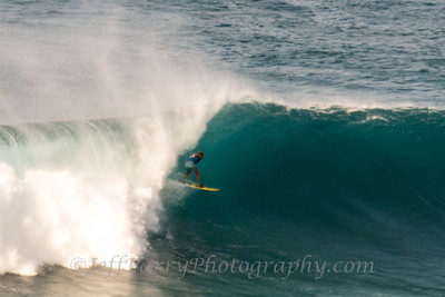 Grant Breuer threading the needle outer islands Hawaii 7