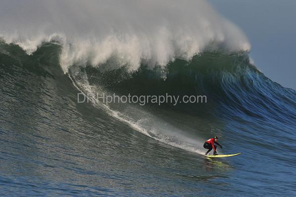 12 January 2008: Jamie Sterling during the semifinals of the 2008 Mavericks Surf Contest in Half Moon Bay, CA.