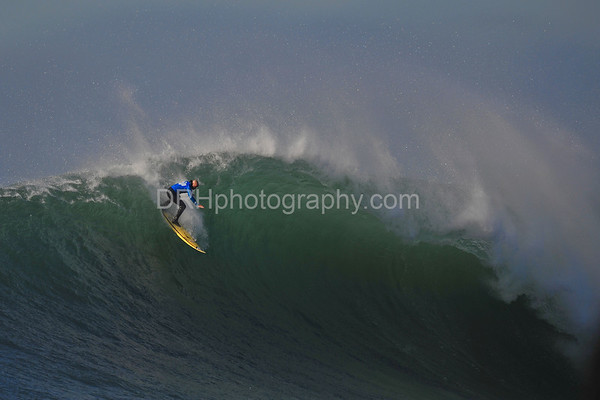 12 January 2008: Tyler Smith during the finals of the 2008 Mavericks Surf Contest in Half Moon Bay, CA.