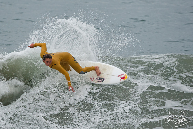 Carissa Moore<br /> Warming up before the heat on Saturday<br /> Nike US Open of Surfing 2011<br /> 2011 ASP Women's World Champion