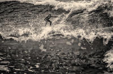 Surf 11_20_16-490bw