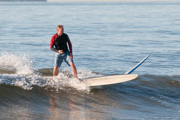 100906-Surfing-323