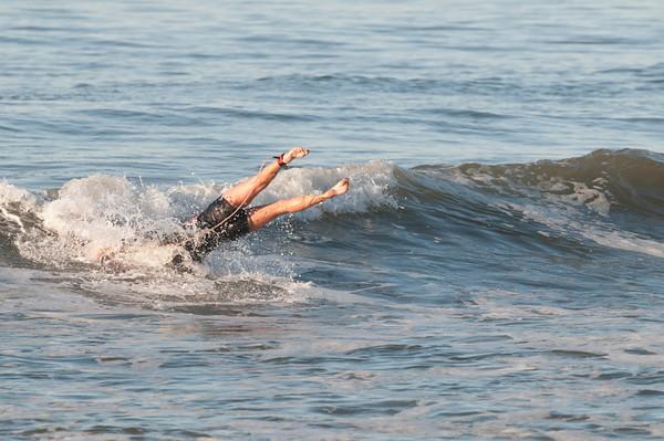 100906-Surfing-196