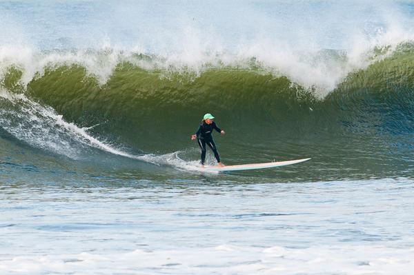 100918-Surfing-1316