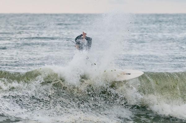 100918-Surfing-091
