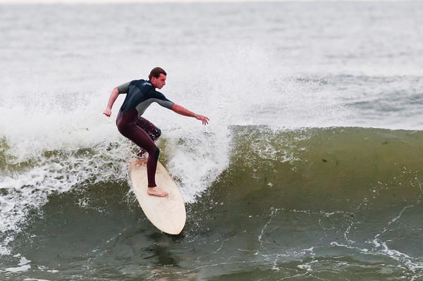 100918-Surfing-468