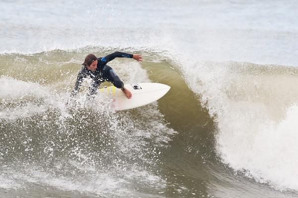 100918-Surfing-1115