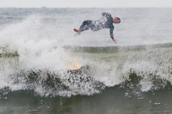 100918-Surfing-218