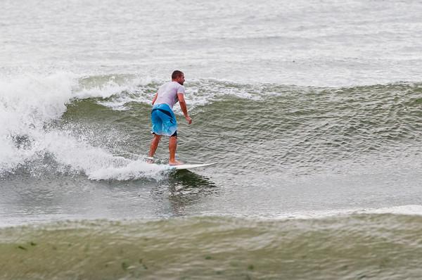 100918-Surfing-927