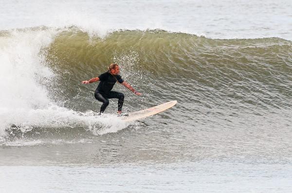 100918-Surfing-1060