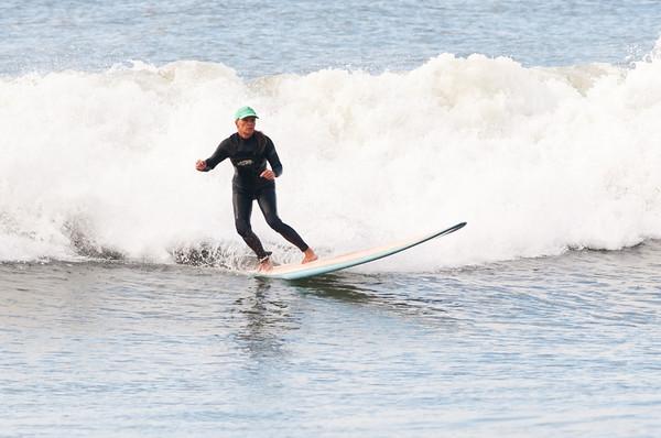 100918-Surfing-1212
