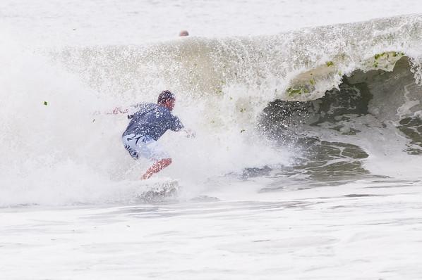 100918-Surfing-1094