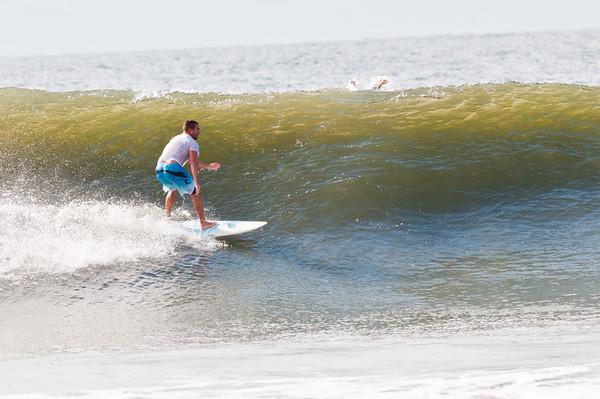 100918-Surfing-1383