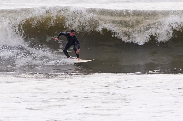 100918-Surfing-1027