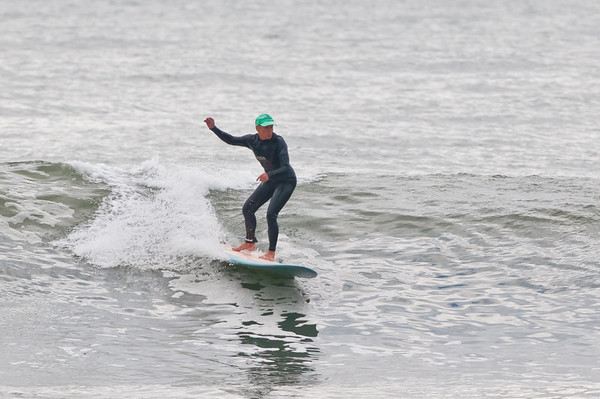 100918-Surfing-850