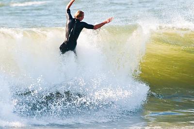 100919-Surfing 9-19-10-683