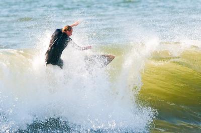 100919-Surfing 9-19-10-684