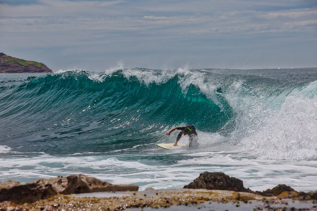 Dee Why - Surfer - 005