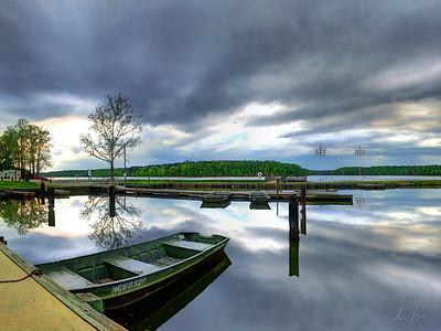 calm at lake Brandt marina