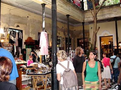 Paraiso de antiguedades  Paradise of antiques
