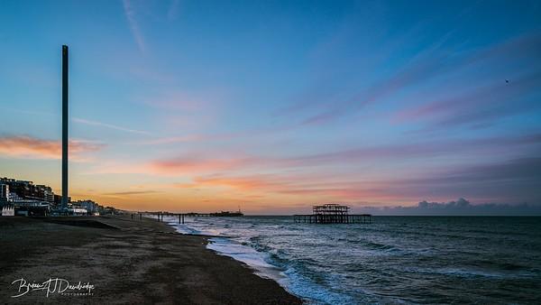 Dawn breaks on Brighton Seafront