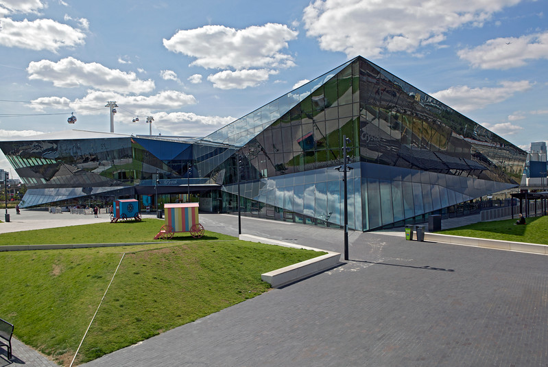 The Crystal - Siemens' Sustainable Cities initiative and museum in London