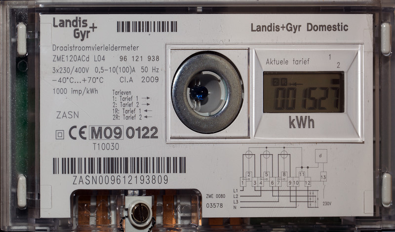 Stavoren Netherlands electricity produced by PV meter 100810 ©RLLord 453 smg