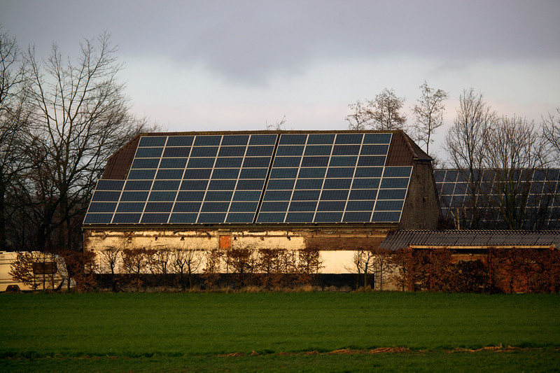 photovoltaic panels on farm building near Goch 080112 ©RLLord 0317 smg
