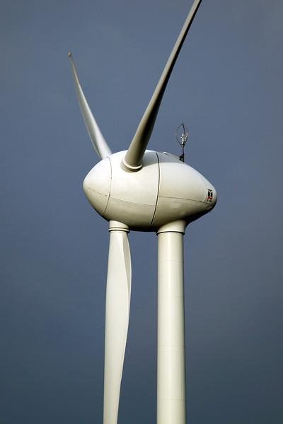 E-40 wind turbine near Goch Germany 080112 ©RLLord 9651 smg
