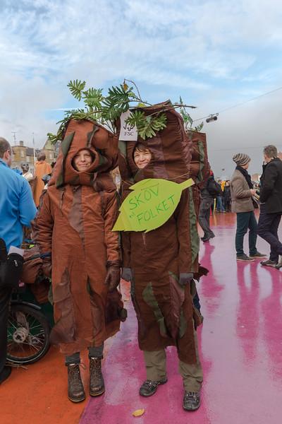 SKOV Folket Forest People FSC Copenhagen climate march v  291115 ©RLLord 7980 smg