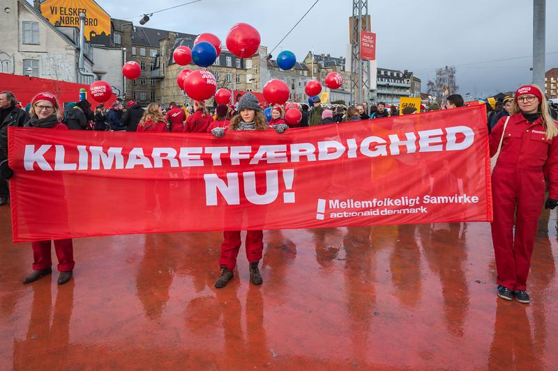 klimaretfærdighed nu climate justice now Copenhagen climate march 291115 ©RLLord 7974 smg