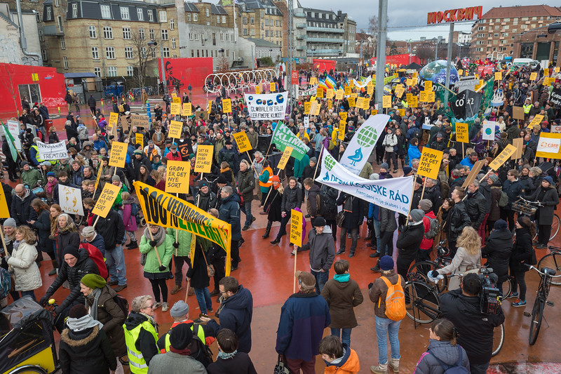 Copenhagen climate march Red Square 291115 ©RLLord 7998 smg