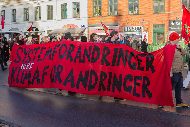 Copenhagen climate march system change not climate change 291115 ©RLLord 8150 smg