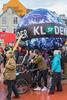 Copenhagen climate march globe Rød firkant red square Superkilen v 291115 ©RLLord 8009 smg