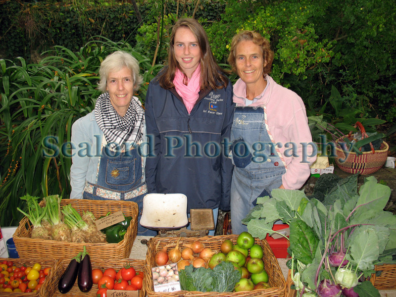 GCAN stall Sausmarez Manor farmers mkt 181008 2625 RLLord smg