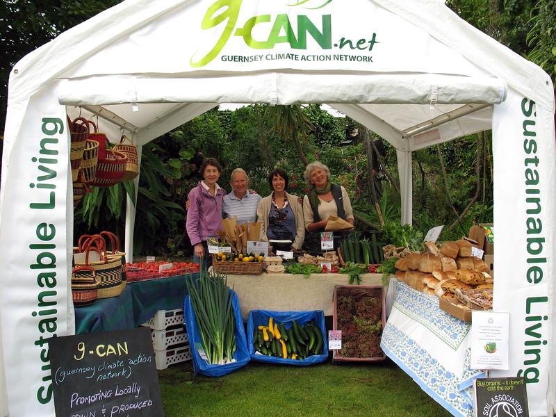 GCAN stall Farmers market 050708 5292 smg