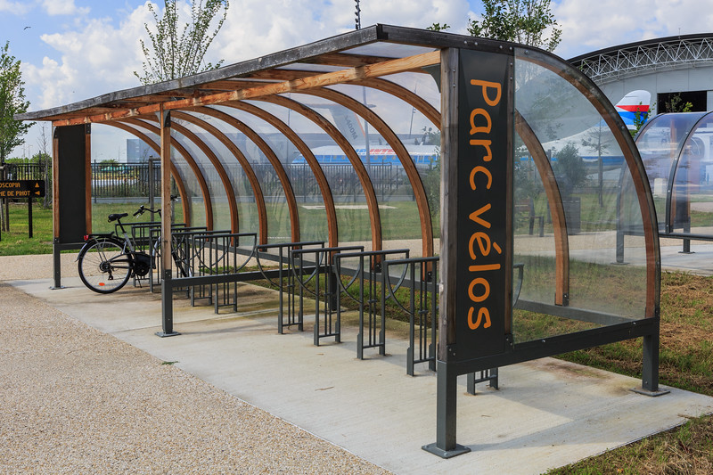 Bicycle shelter by the aeroscopia aeronautical museum near Toulouse